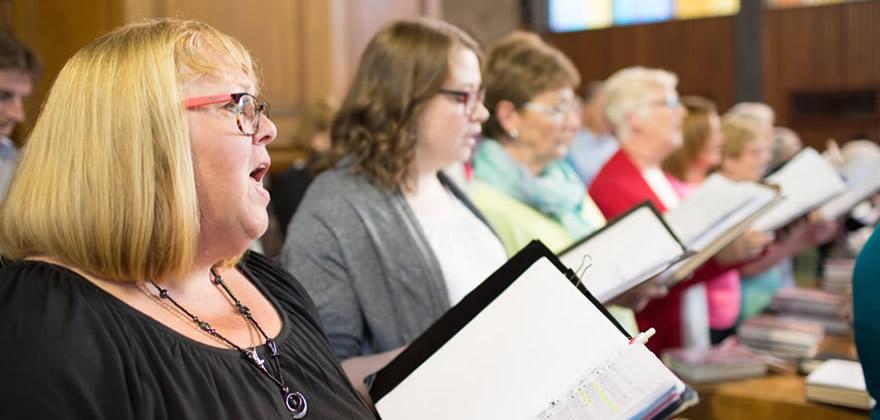 Choir & Praise Group